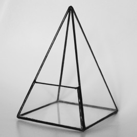 Small Pyramid Terrarium