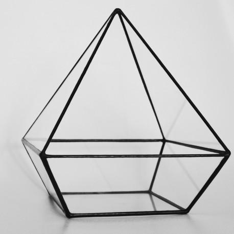 Pyramid Terrarium